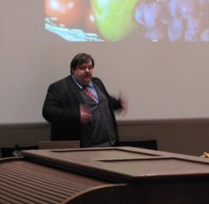 Werner Gruber bei seinem Vortrag im TECHNOSEUM