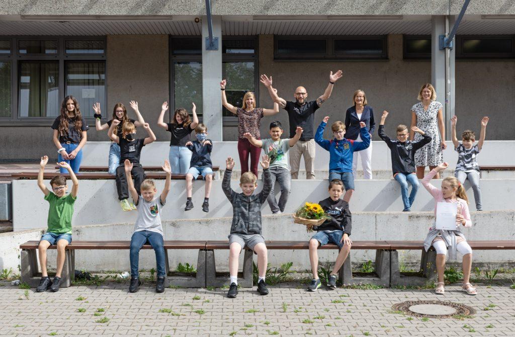 Die 5. Klasse der Rudolf-Wihr-Realschule in Limburgerhof gewinnt den MedienKompetenz-Preis der Heinrich-Vetter-Stiftung